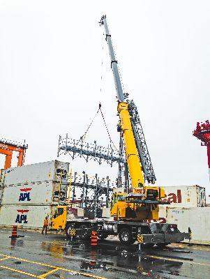 Первый в Канаде кран Grove TMS9000-2 экономит время на строительстве Marriot